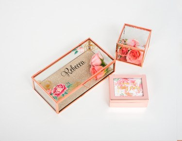 Jewelry Boxes & Holders