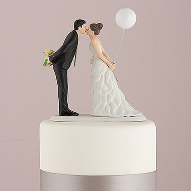 uk wedding cake toppers leaning in for a balloon wedding cake topper the 21410