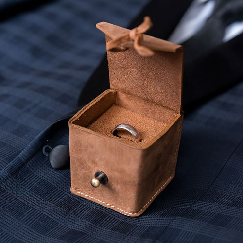 Tanned Genuine Leather Ring Box