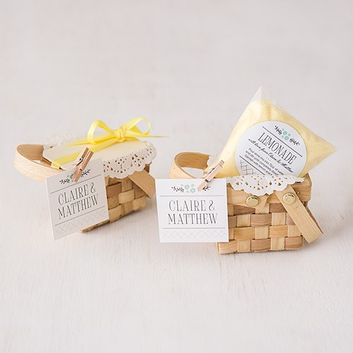 3a6032317f84 Miniature Picnic Basket Favor Containers - Weddingstar
