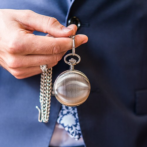 Brushed Silver Pocket Watch with 30 cm Metal Chain