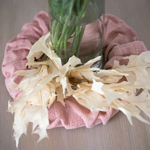Small Ruffled Burlap Wreath in Vintage Pink