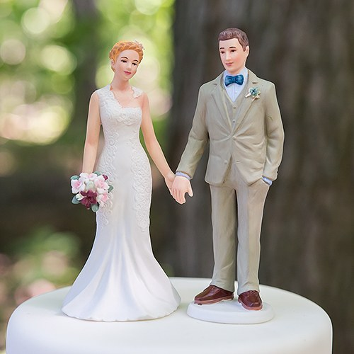 wedding cake groom and bride woodland and groom porcelain figurine wedding cake 22785
