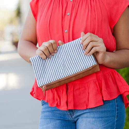 Cross Body Clutch Purse - Seersucker