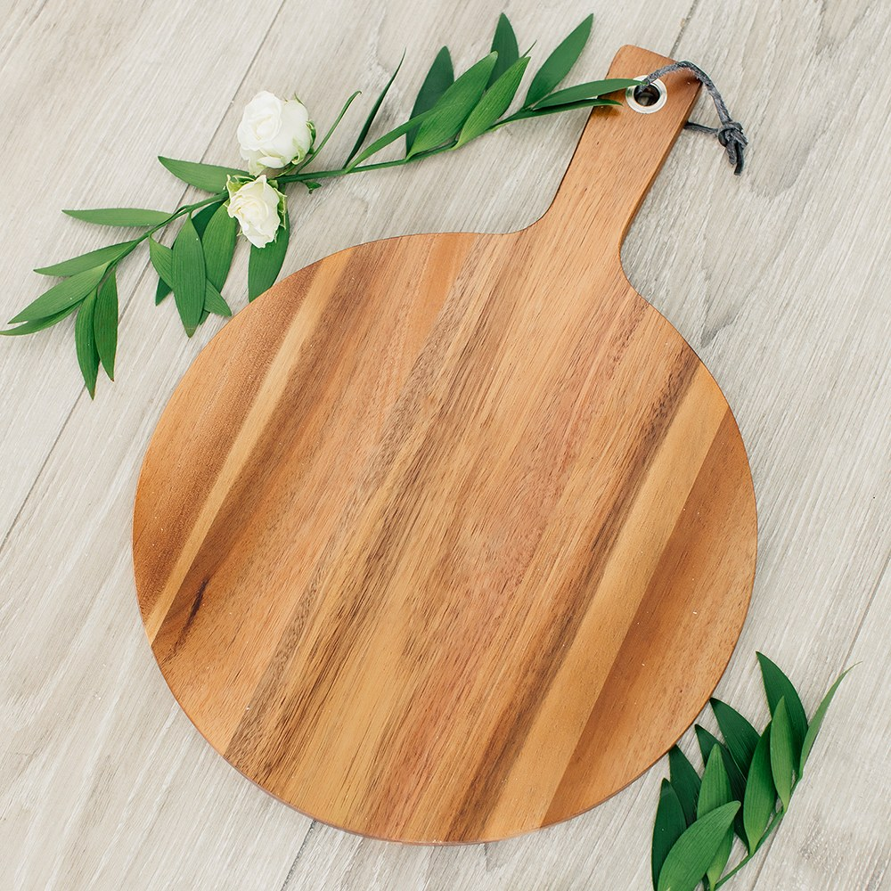 Wooden Round Cutting & Serving Board with Handle