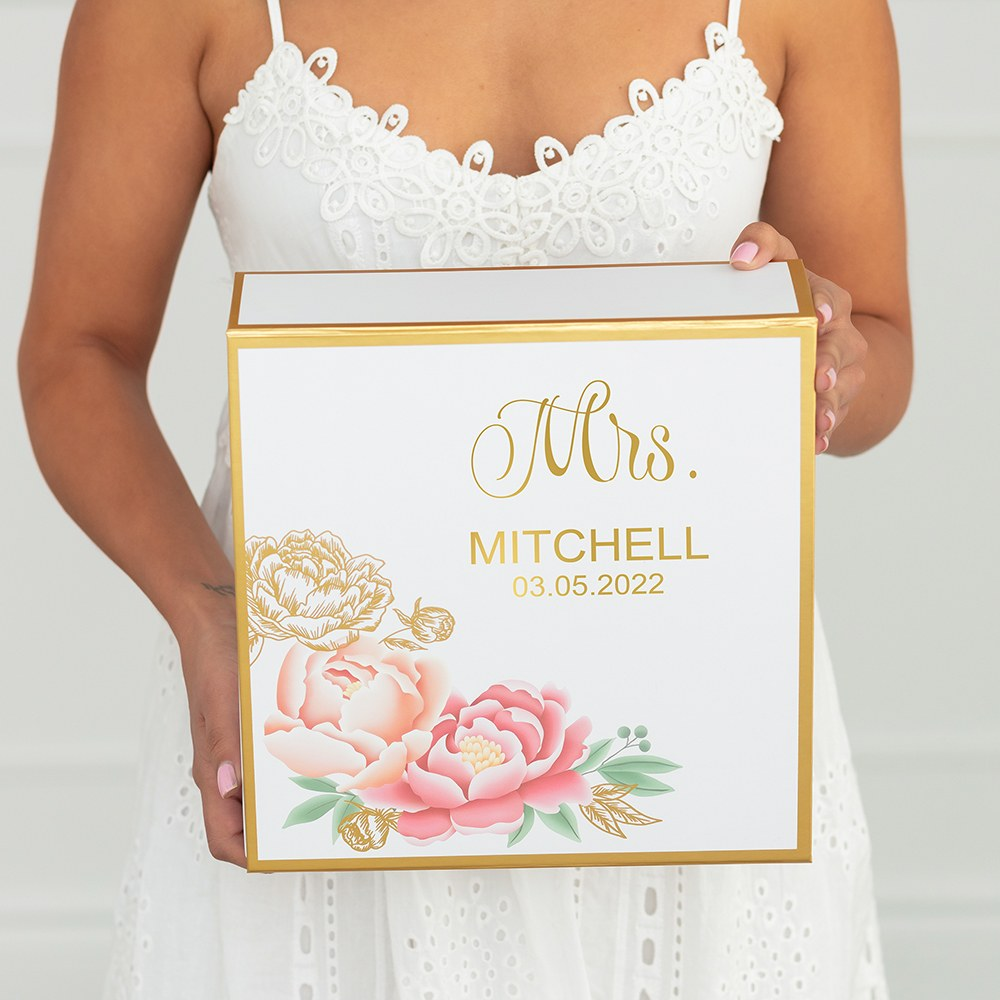 Large Personalized Modern Floral Bridal Party Gift Box with Magnetic Lid - Mrs.