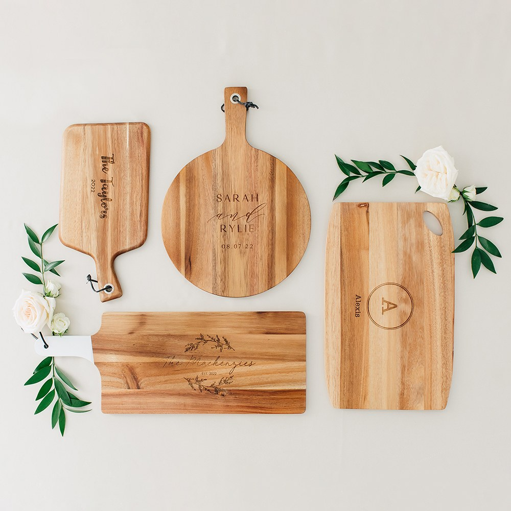 Personalized Wooden Paddle Cutting & Serving Board with Handle - Modern Couple