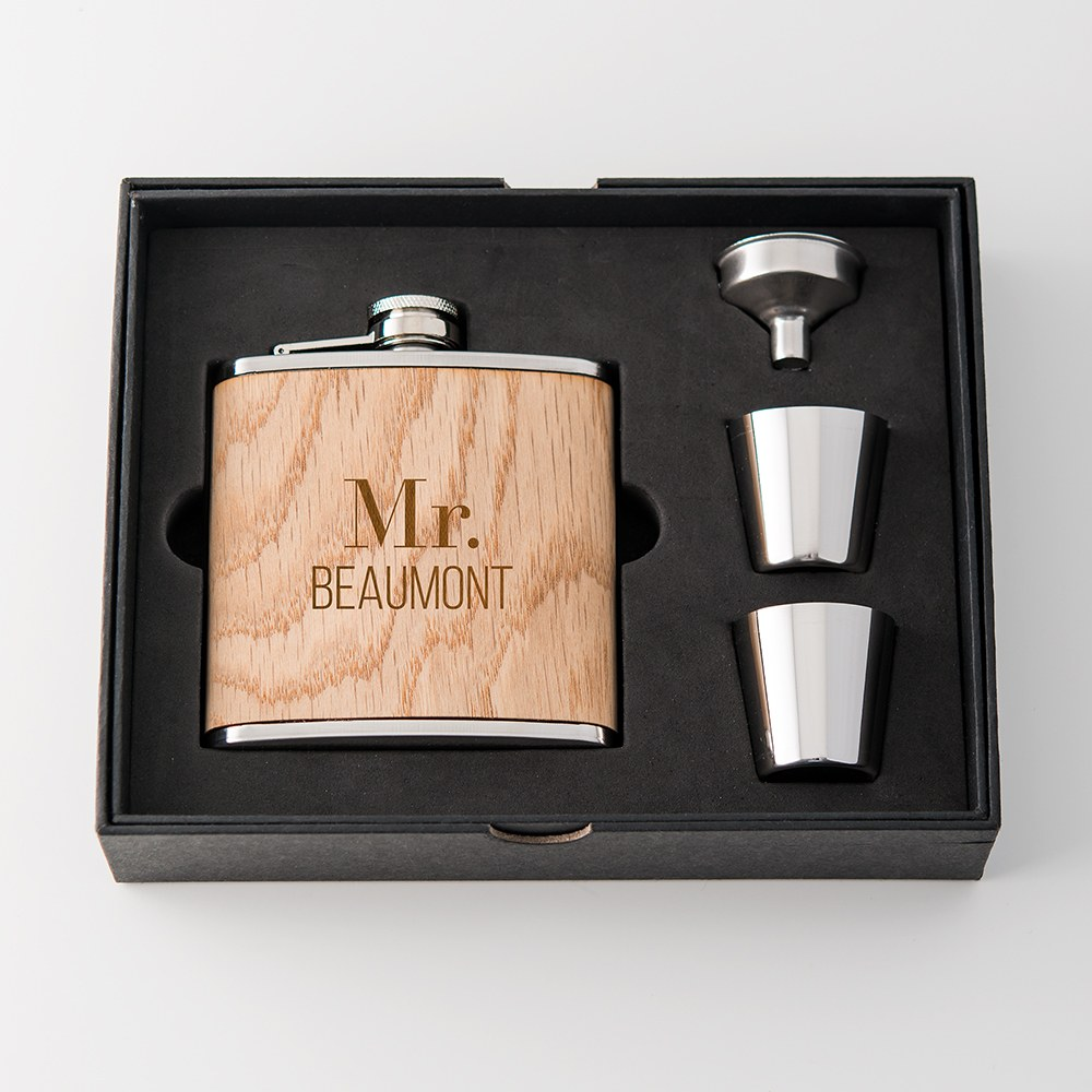 Personalized Oak Wood Wrapped Stainless Steel Hip Flask - Modern Text Print