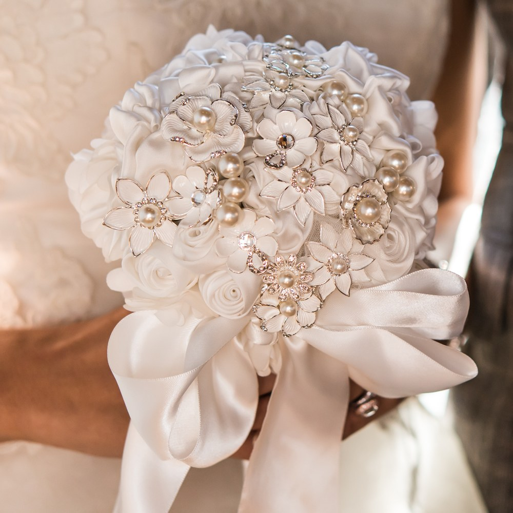 Couture Brooch Bridal Bouquet