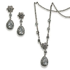 Vintage Silver Necklace and Earring Set – Flower and Pear Drop Crystal Pendant