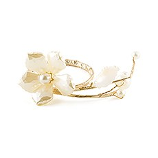Pearl & Vintage Gold Wire Ornamental Floral Mini Ring (8)