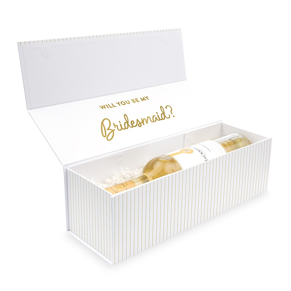 White Personalized Wine Gift Box with Magnetic Lid - Traditional Monogram