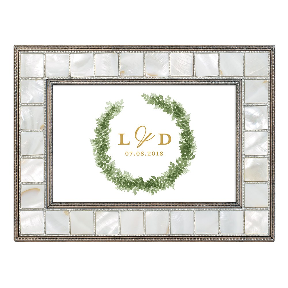 Large Personalized Luxury Pearl Music Box - Love Wreath Print