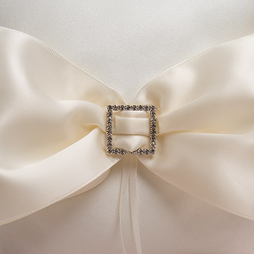 Beverly Clark Duchess Ring Pillow in Ivory