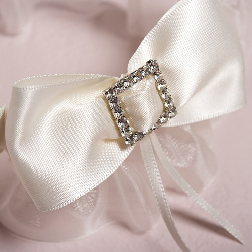 Beverly Clark Duchess Collection Garter Set