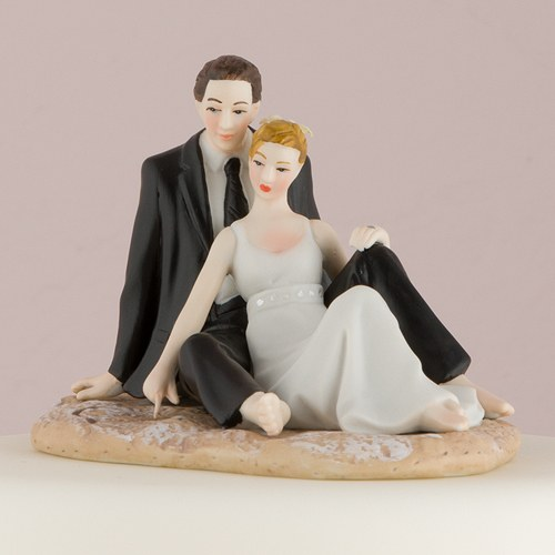 Romantic Wedding Couple Lounging on the Beach Figurine Confetti
