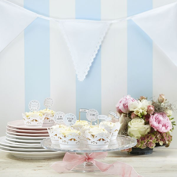 Vintage Lace Fabric Bunting