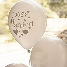 Just Married Latex Balloons Pack