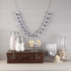 Vintage Affair - Paper Flower Garland - White