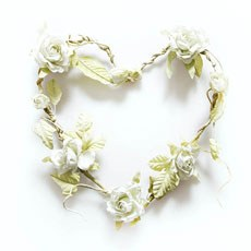 Heart Shaped Rose Wreath - Cream