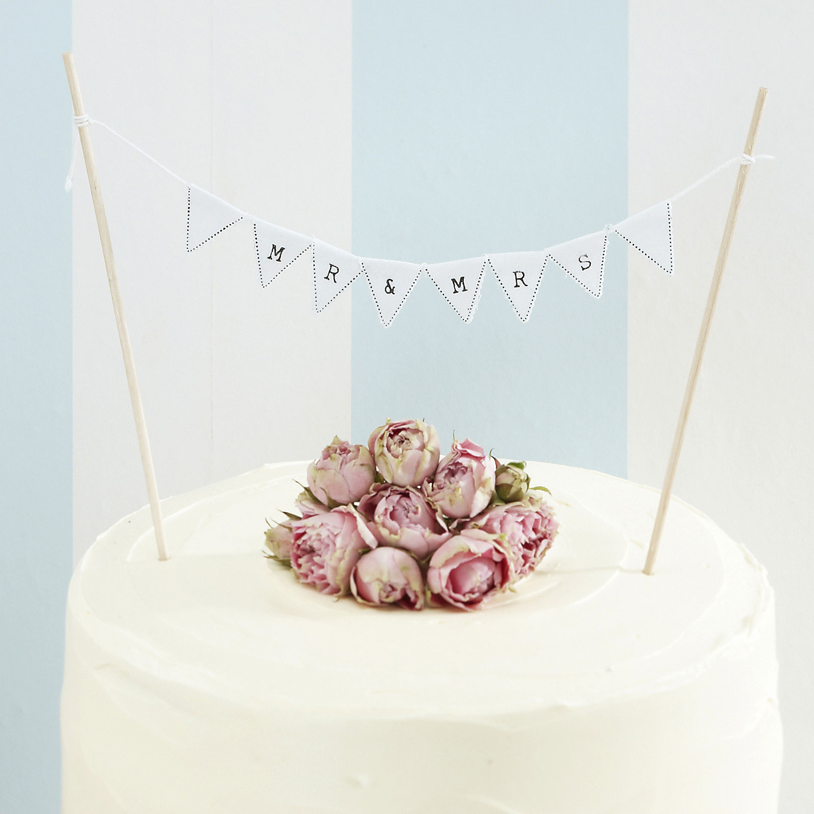 Vintage Lace Mr and Mrs Cake Bunting