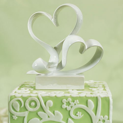 Love Link Stylized Heart Wedding Cake Topper