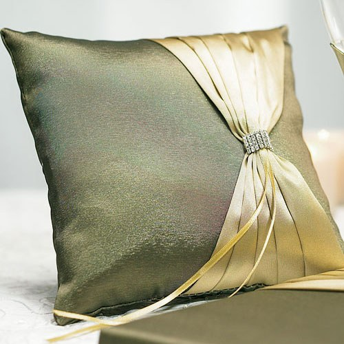 Thymeless Square Wedding Ceremony Ring Pillow