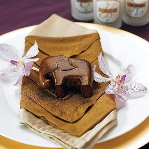 mini elephant wedding favor