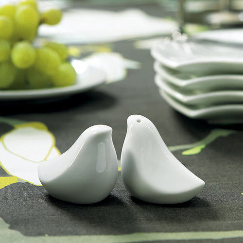 love bird salt and pepper shakers wedding favor