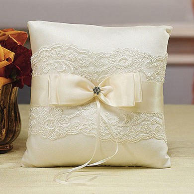 Beverly Clark French Lace Collection Ring Pillow The