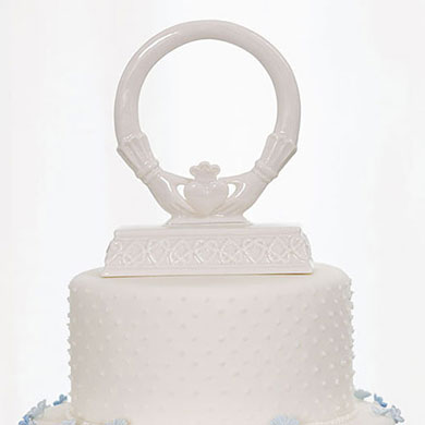irish claddagh wedding cake topper traditional celtic claddaugh cake top the knot shop 16474